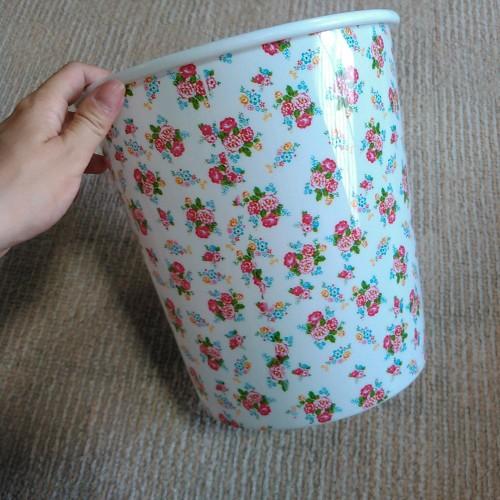 100円ショップ ゴミ箱